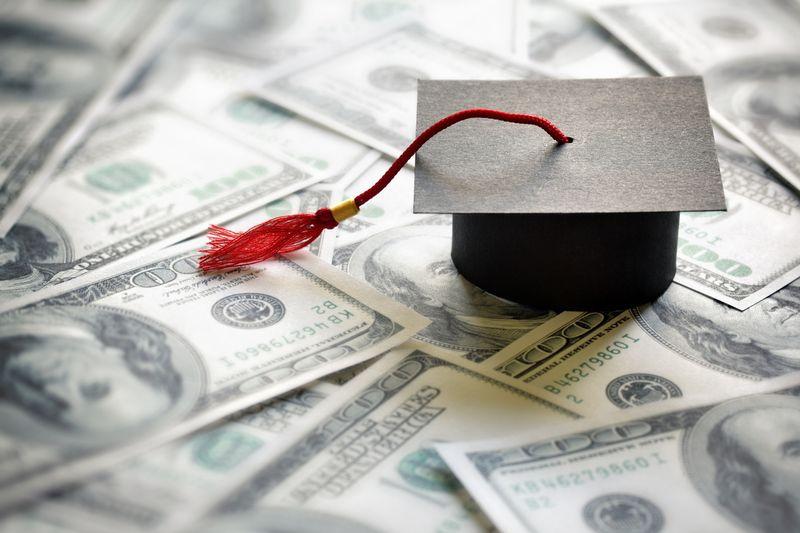 Keuntungan Mengambil Kuliah Jurusan Keuangan