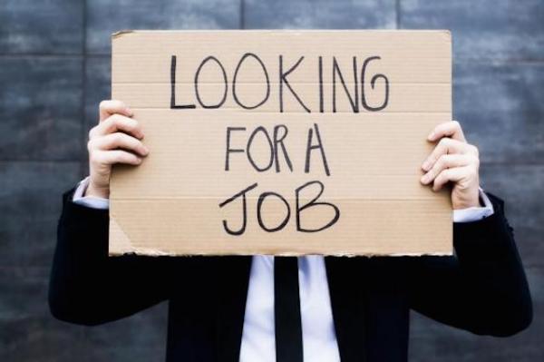 Tentang Mitos Menganggur Setelah Lulus Kuliah